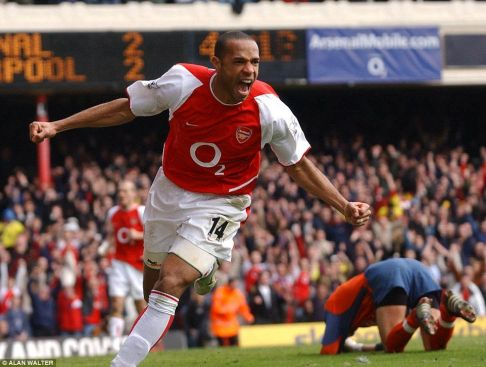 Thierry Henry celebrating a goal for Arsenal