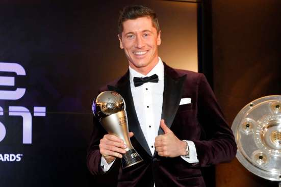 Robert Lewandowski with the FIFA Men's player of the year trophy
