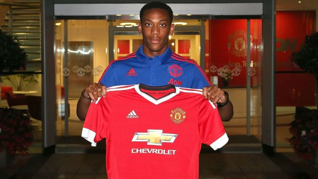 Anthony Martial signing for Man Utd in 2015